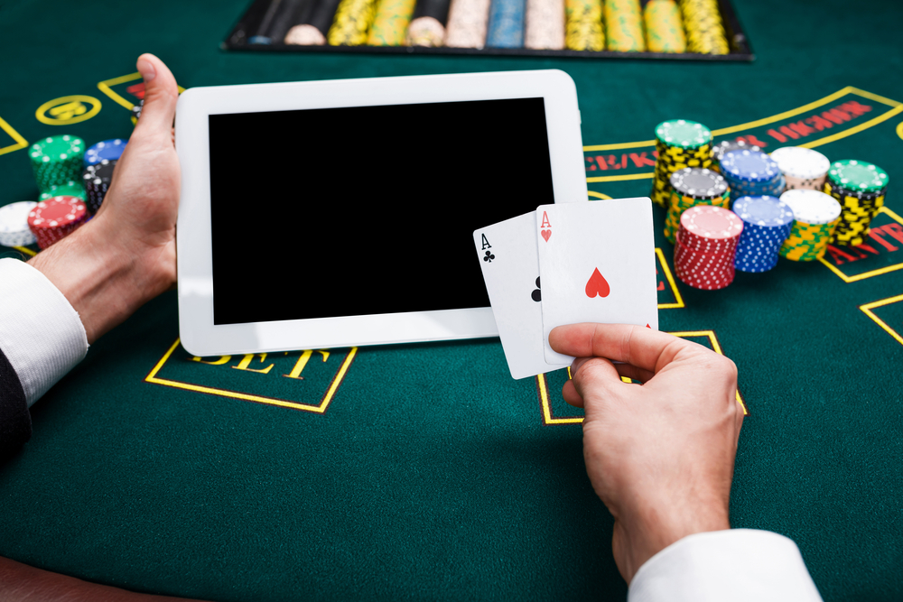 One Poker Variant You Won't Find On Online Poker Sites